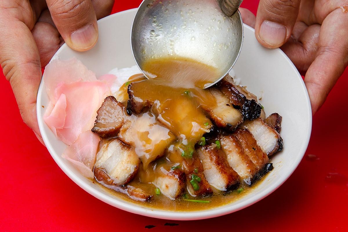 ร้านหมูแดงฮ่องกง เจ อาร์ ชาซิีว