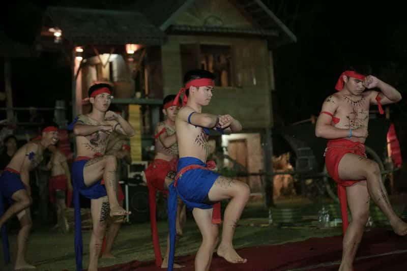 สกลนคร : ท่องเที่ยวเชิงวัฒนธรรม ๓ เส้นทาง ๑๐ ผลิตภัณฑ์ทางวัฒนธรรม 14